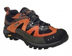 b897b178cb7 Trekové boty s membránou BENNON EMPERADO LOW